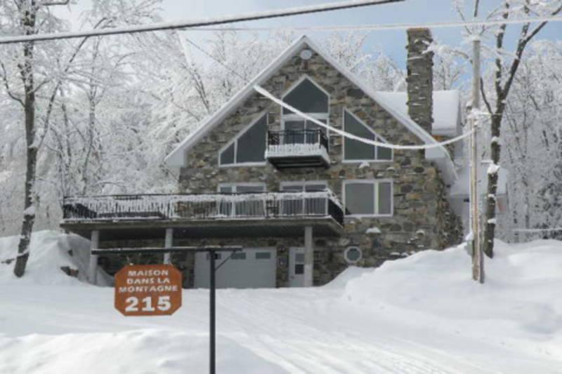 la-maison-dans-la-montagne-hiver
